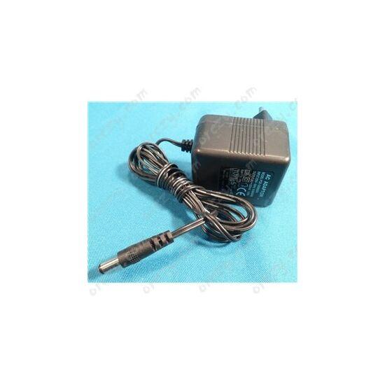 9V 200mA Hálózati adapter